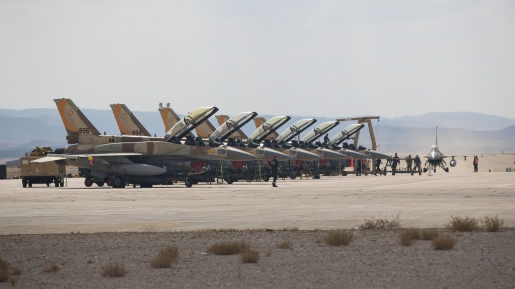 (171110) -- UVDA AIR BASE, Nov. 10, 2017 (Xinhua) -- Israeli F-16 jet fighters prepare to take off from the Uvda air base during an international air force exercise in Israel, on Nov. 8, 2017. Hundreds of pilots from eight different countries gathered recently in Israel's Uvda air base to join the largest international air force exercise ever conducted in the country.  (Xinhua/Guo Yu) (zf)