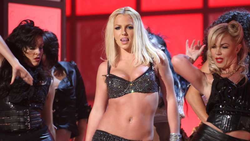 LAS VEGAS - SEPTEMBER 09:  Singer Britney Spears performs during the 2007 MTV Video Music Awards at The Palms Hotel and Casino on September 9, 2007 in Las Vegas, Nevada.  (Photo by John Shearer/WireImage)