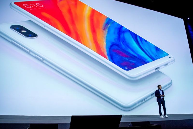Lei Jun, Chairman and CEO of Xiaomi Technology and Chairman of Kingsoft Corp., introduces the Xiaomi Mi Mix 2S smartphone at the Xiaomi new products launch event in Shanghai, China, 27 March 2018.  Xiaomi held a new product launch event in Shanghai on March 27 to release the new Xiaomi flagship MIX 2S. The new Mi Mix 2S was launched with the Snapdragon 845 and have an incredibly powerful AnTuTu benchmark score of 273,741. That phone had a 5.99-inch display with an 18:9 ratio and a resolution of 2,160 x 1,080. It also has 6 GB of RAM, storage options of 64 GB, 128 GB, and 256 GB, and battery sizes of either 3,300 or 3,400 mAh.  The phone having 8GB of RAM with a storage of 256 GB will retail at 3999 yuan ($638).