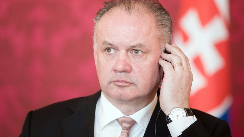 Slovakia's President Andrej Kiska attends a press conference with Austria's President after their meeting in Vienna, Austria, February 19, 2018. / AFP PHOTO / APA / GEORG HOCHMUTH / Austria OUT