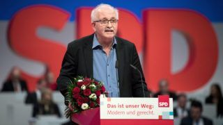 Udo Bullmann (SPD) thanks the delegates after his election as European delegate during the Europe debate at the federal party conference of the Social Democratic Party in Berlin, Germany, 8 December 2017. Photo: Bernd Von Jutrczenka/dpa