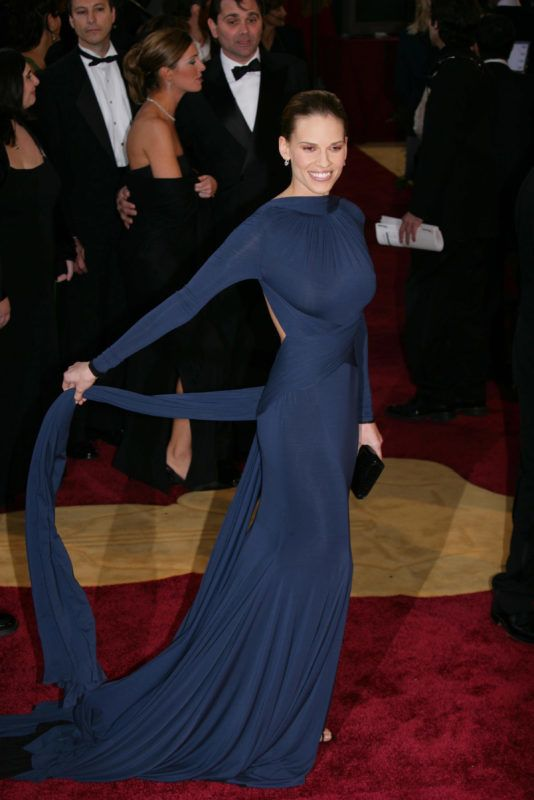 Hilary Swank during 77th Annual Academy Awards - arrivals at Kodak Theater in Los Angeles, California, United States. (Photo by M. Von Holden/FilmMagic)