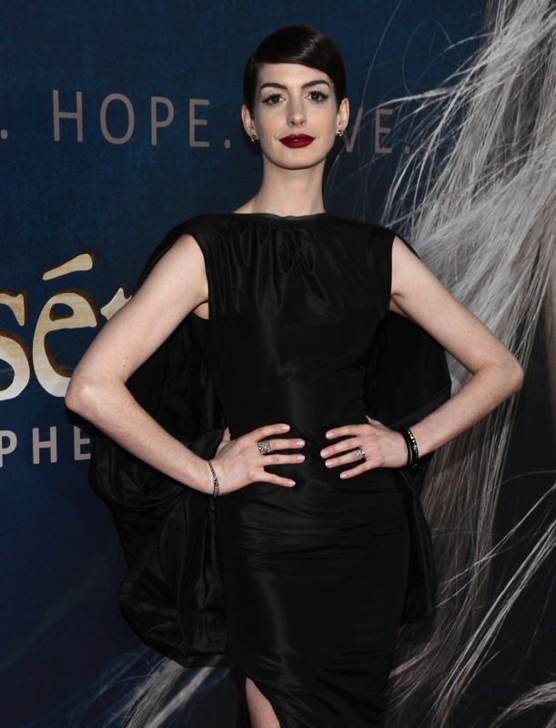 """NEW YORK, NY - DECEMBER 10:  Anne Hathaway attends the """"Les Miserables"""" New York premiere at Ziegfeld Theatre on December 10, 2012 in New York City.  (Photo by Larry Busacca/Getty Images)"""