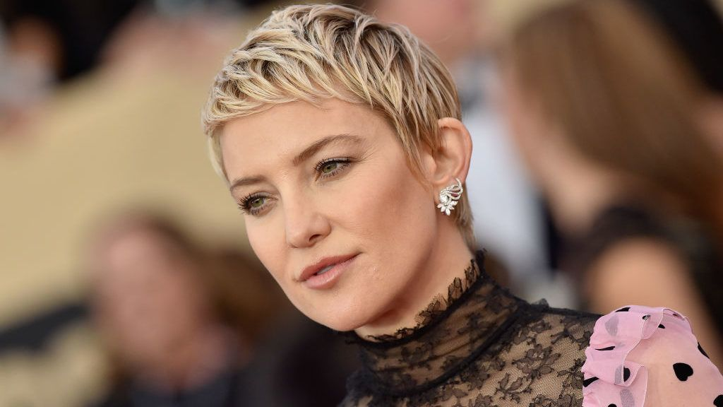 LOS ANGELES, CA - JANUARY 21:  Actress Kate Hudson attends the 24th Annual Screen Actors Guild Awards at The Shrine Auditorium on January 21, 2018 in Los Angeles, California.  (Photo by Axelle/Bauer-Griffin/FilmMagic)