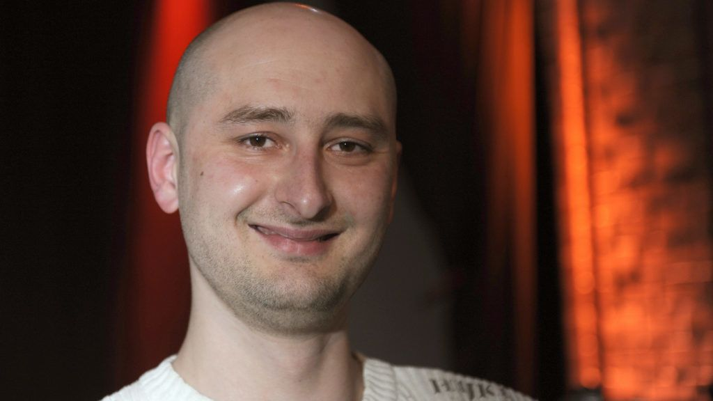 FILED - 12 March 2009, Germany, Cologne: Author Arkady Babchenko pictured during a reading at the 'Lit.Cologne' festival of literature. A police spokesperson of the Ukrainian police confirmed on Tuesday, 29 May 2018, that Babchenko was shot dead inKiev. Photo: Jörg Carstensen/dpa