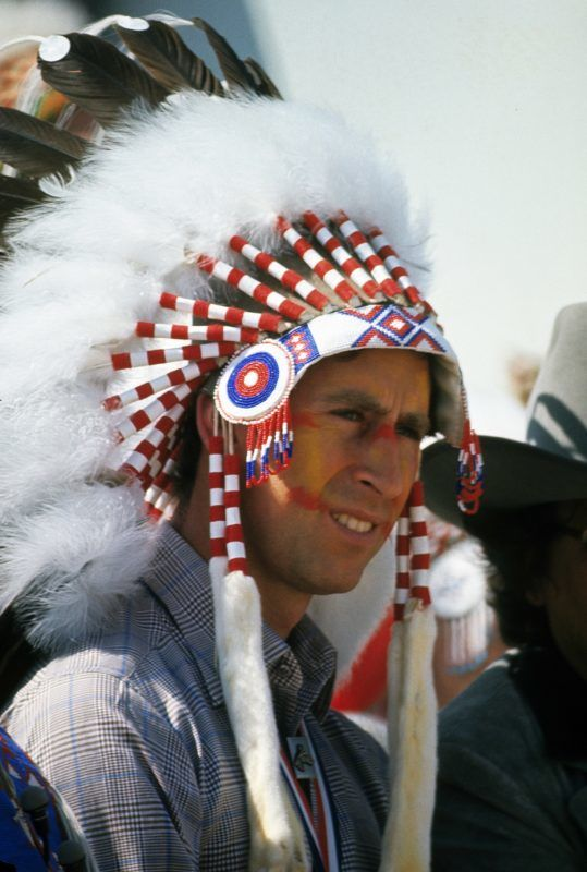 CANADA - JULY 1: Prince Charles, Prince of Wales becomes Indian Chief Red Crow during his visit to Canada on July 1,1977 in Canada.  (Photo by Anwar Hussein/Getty Images)
