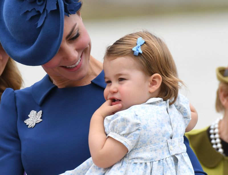 VICTORIA, BC - SEPTEMBER 24:  Catherine, Duchess of Cambridge and Princess Charlotte arrive at Victoria Airport ahead of their Royal Tour of Canada and Yukon on September 24, 2016 in Victoria, Canada.  (Photo by Karwai Tang/WireImage)