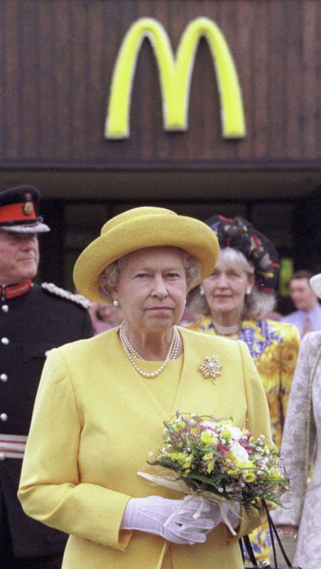 CHESHIRE, ENGLAND - FILE: Queen Elizabeth II arrives at at McDonalad drive-thru restaurant on a visit to Cheshire Oaks Designer Outlet, July 3 1998. in Cheshire, England. Prince Charles, Prince of Wales has caused controversy during his visit to Abu Dhabi February 27, 2007 saying that McDonalds should bebanned on health grounds. (Photo by Anwar Hussein/Getty Images)