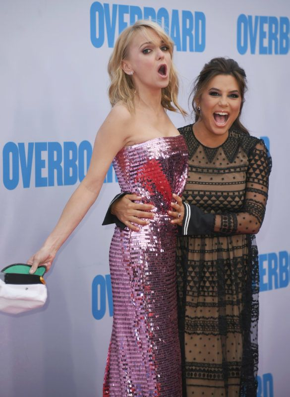 """WESTWOOD, CA - APRIL 30:  Anna Faris and Eva Longoria attend the premiere of Lionsgate and Pantelion Film's """"Overboard"""" at Regency Village Theatre on April 30, 2018 in Westwood, California.  (Photo by Jon Kopaloff/FilmMagic)"""