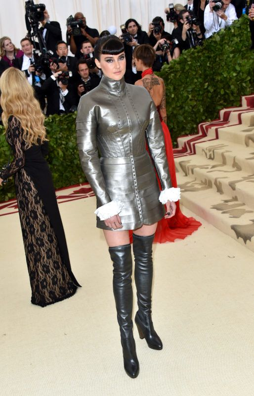 NEW YORK, NY - MAY 07: Shailene Woodley attends the Heavenly Bodies: Fashion & The Catholic Imagination Costume Institute Gala at The Metropolitan Museum of Art on May 7, 2018 in New York City.  (Photo by John Shearer/Getty Images for The Hollywood Reporter)