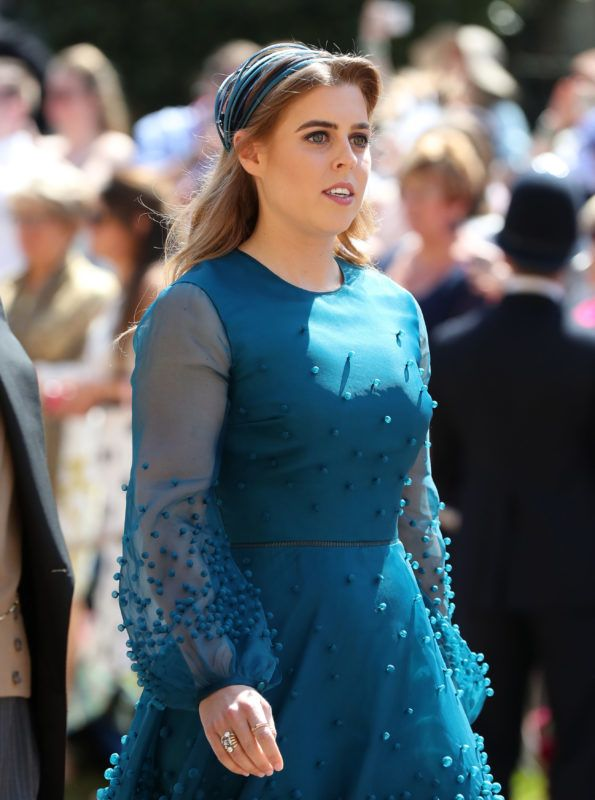 WINDSOR, UNITED KINGDOM - MAY 19:  Princess Beatrice arrives at St George's Chapel at Windsor Castle before the wedding of Prince Harry to Meghan Markle on May 19, 2018 in Windsor, England. (Photo by Gareth Fuller - WPA Pool/Getty Images)