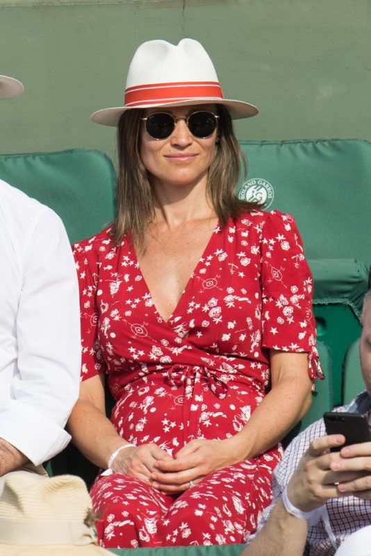 PARIS, FRANCE - MAY 27:  Pippa Middleton attends the 2018 French Open - Day One at Roland Garros on May 27, 2018 in Paris, France.  (Photo by Stephane Cardinale - Corbis/Corbis via Getty Images)