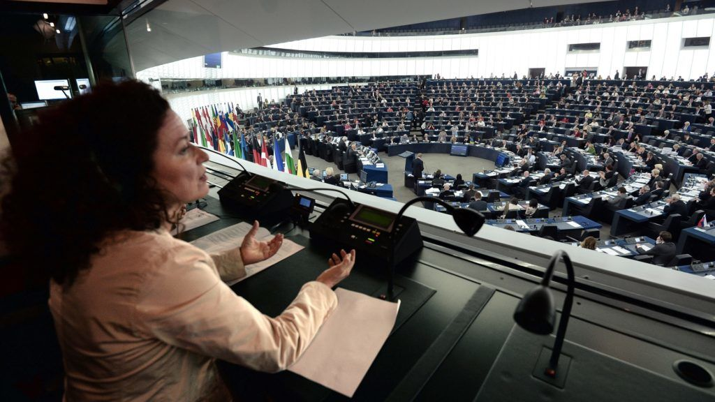 Interpreters work during a voting session at the European Parliament in Strasbourg, eastern France on April 15, 2014.   AFP PHOTO/FREDERICK FLORIN / AFP PHOTO / FREDERICK FLORIN