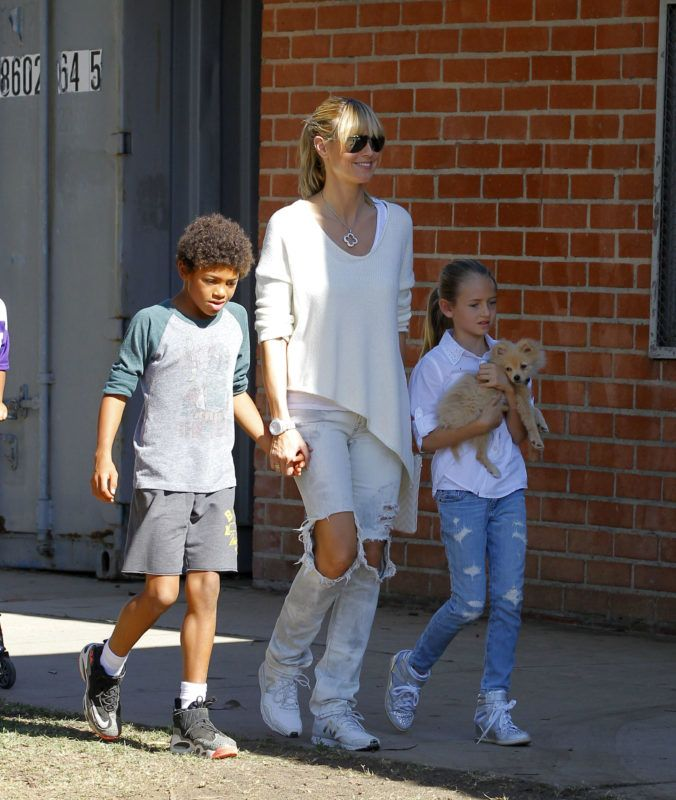 LOS ANGELES, CA - NOVEMBER 02:  Heidi Klum and her children, son Henry Samuel and daughter, Leni Samuel are seen on November 02, 2013 in Los Angeles, California.  (Photo by Bauer-Griffin/FilmMagic)
