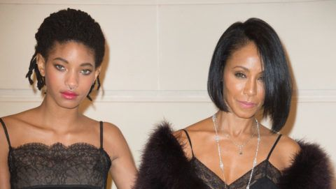 """PARIS, FRANCE - DECEMBER 06:  Willow Smith and Jada Pinkett Smith attend the """"Chanel Collection des Metiers d'Art 2016/17 : Paris Cosmopolite"""" show on December 6, 2016 in Paris, France.  (Photo by Stephane Cardinale - Corbis/Corbis via Getty Images)"""