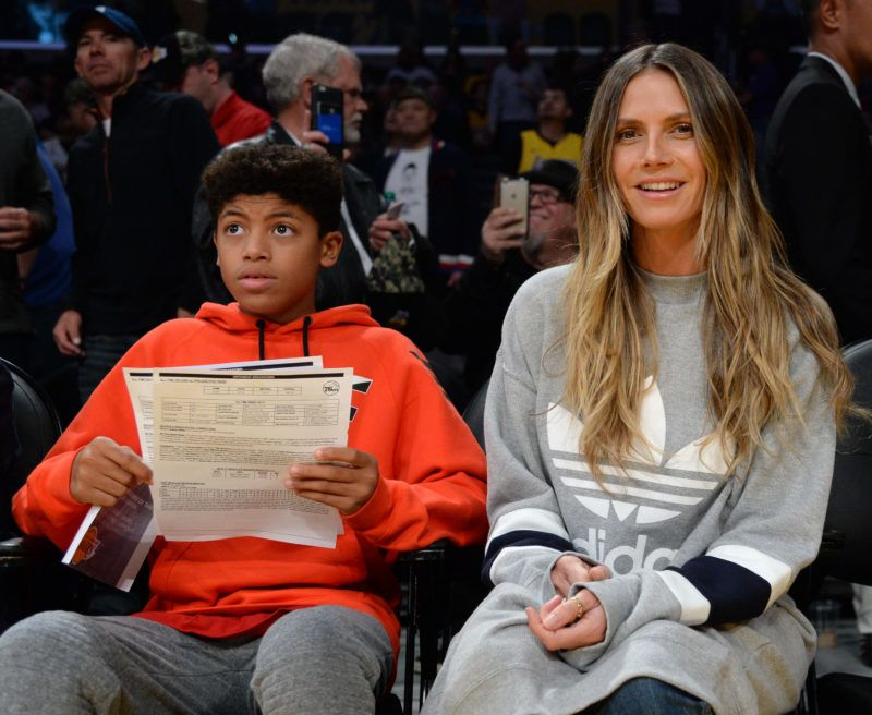 LOS ANGELES, CA - NOVEMBER 15: Heidi Klum and Henry Samuel attend the basketball game between Philadelphia 76ers and Los Angeles Lakers at Staples Center November 15, 2017, in Los Angeles, California. (Photo by Kevork S. Djansezian)