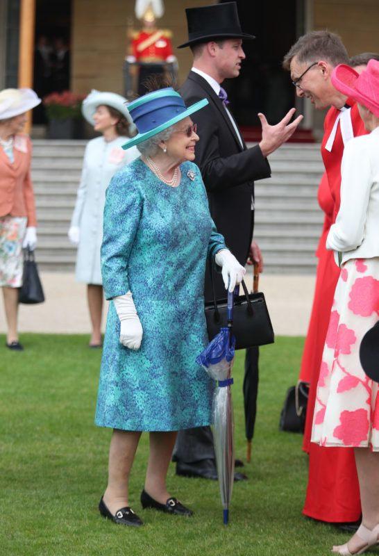 LONDON, ENGLAND - MAY 31:  Queen Elizabeth II hosts a Garden Party at Buckingham Palace on May 31, 2018 in London, England.  (Photo by Yui Mok - WPA Pool/Getty Images)
