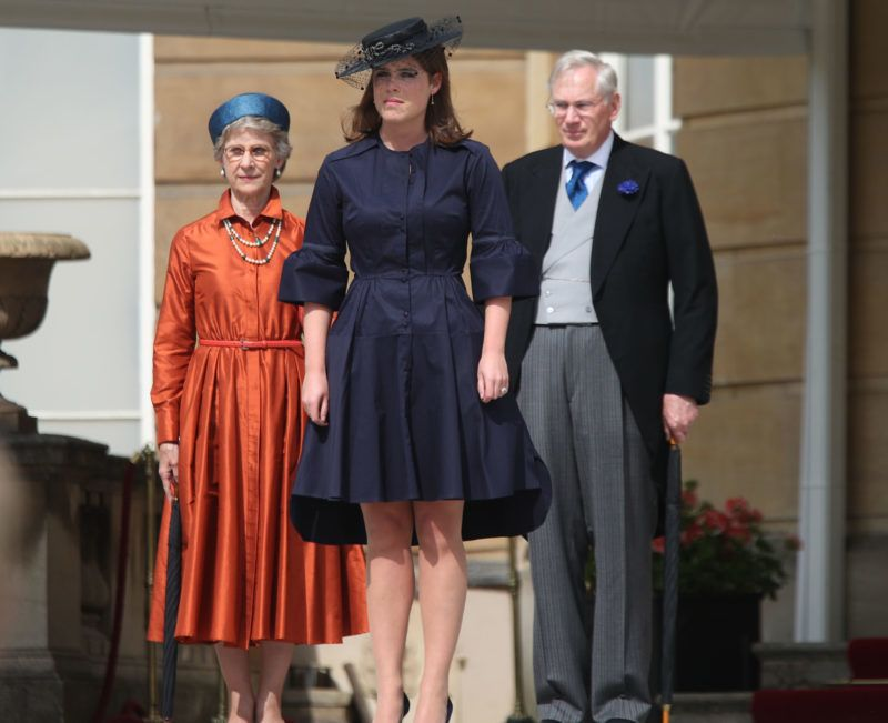 LONDON, ENGLAND - MAY 31:  Princess Eugenie (C) with the Duke and Duchess of Gloucester attend a Garden Party at Buckingham Palace on May 31, 2018 in London, England.  (Photo by Yui Mok - WPA Pool/Getty Images)