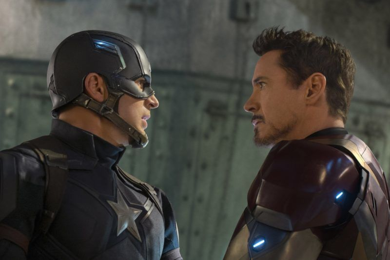 Captain America: Civil War  Year : 2016 USA Director : Anthony Russo, Joe Russo  Robert Downey Jr., Chris Evans Photo: Zade Rosenthal. It is forbidden to reproduce the photograph out of context of the promotion of the film. It must be credited to the Film Company and/or the photographer assigned by or authorized by/allowed on the set by the Film Company. Restricted to Editorial Use. Photo12 does not grant publicity rights of the persons represented.
