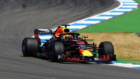HOCKENHEIM, GERMANY - JULY 20: Daniel Ricciardo of Australia driving the (3) Aston Martin Red Bull Racing RB14 TAG Heuer on track during practice for the Formula One Grand Prix of Germany at Hockenheimring on July 20, 2018 in Hockenheim, Germany.  (Photo by Mark Thompson/Getty Images)