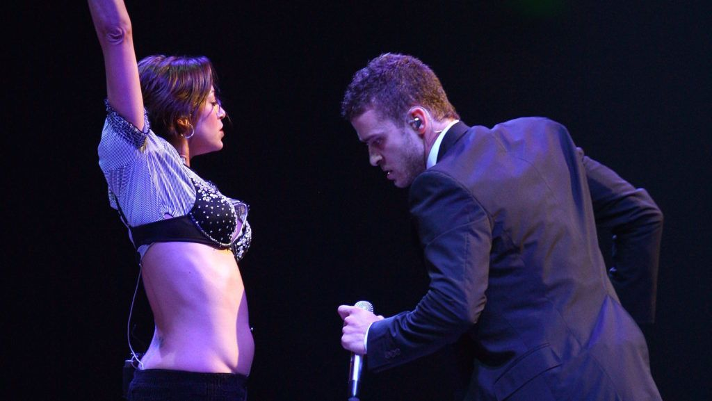 """BRISBANE, AUSTRALIA - OCTOBER 27:  Singer Justin Timberlake performs on stage at the first Australian concert of his """"FutureSexLoveShow"""" at the Brisbane Entertainment Centre on October 27, 2007 in Brisbane, Australia.  (Photo by Kristian Dowling/Getty Images)"""