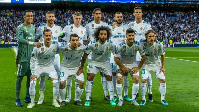 MADRID, SPAIN - MAY 01: Goalkeeper Keylor Navas of Real Madrid , Sergio Ramos of Real Madrid , Toni Kroos of Real Madrid , Raphael Varane of Real Madrid , Karim Benzema of Real Madrid , Cristiano Ronaldo of Real Madrid , Lucas Vazquez of Real Madrid , Mateo Kovacic of Real Madrid , Marcelo of Real Madrid , Marco Asensio of Real Madrid , Luka Modric of Real Madrid during the UEFA Champions League Semi Final Second Leg match between Real Madrid and Bayern Muenchen at the Bernabeu on May 1, 2018 in Madrid, Spain. (Photo by TF-Images/Getty Images)