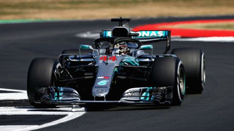 NORTHAMPTON, ENGLAND - JULY 07: Lewis Hamilton of Great Britain driving the (44) Mercedes AMG Petronas F1 Team Mercedes WO9 on track during qualifying for the Formula One Grand Prix of Great Britain at Silverstone on July 7, 2018 in Northampton, England.  (Photo by Charles Coates/Getty Images)