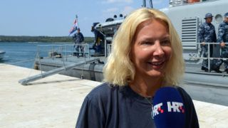 British tourist Kay Longstaff speaks to the press upon her arrival in Pula with the Croatia's coast guard ship, on August 19, 2018, which saved her after falling off a cruise ship near Croatian coast. British tourist Kay Longstaff went overboard from the Norwegian Star cruise ship about 60 miles (95km) off Croatia's coast shortly before midnight on August 18, 2018. She spent 10 hours in the sea before being rescued by Croatia's coastal guards, and taken to the hospital. / AFP PHOTO / STR / Croatia OUT