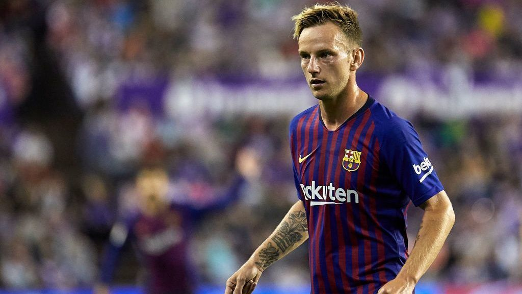 VALLADOLID, SPAIN - AUGUST 25:  Ivan Rakitic of FC Barcelona looks on during the La Liga match between Real Valladolid CF and FC Barcelona at Estadio Jose Zorrilla on August 25, 2018 in Valladolid, Spain.  (Photo by Quality Sport Images/Getty Images)