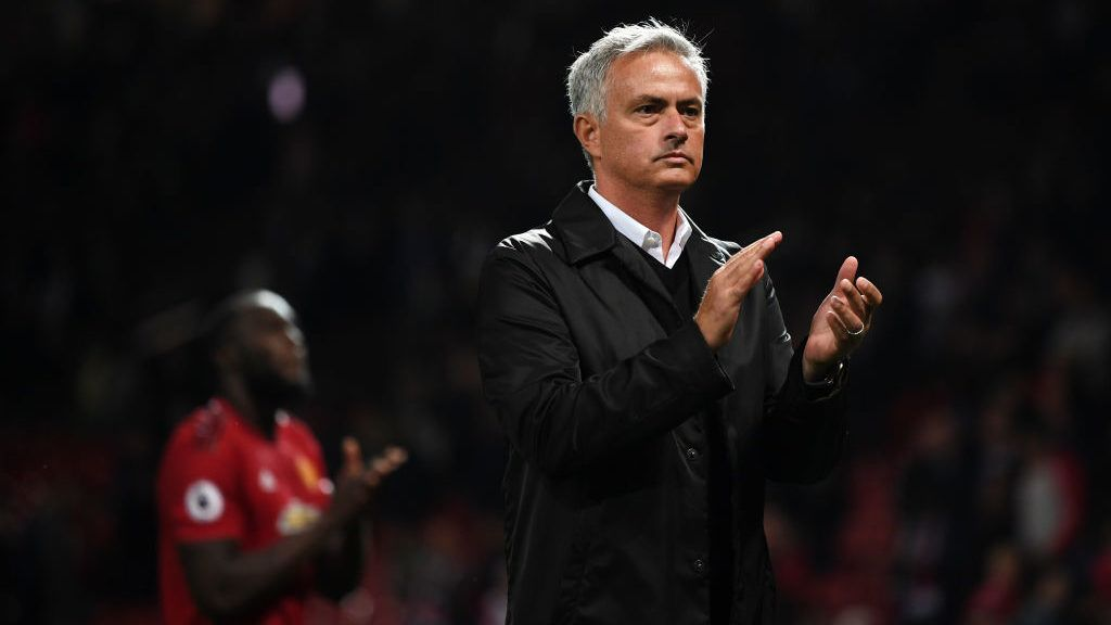 MANCHESTER, ENGLAND - AUGUST 27:  Jose Mourinho, Manager of Manchester United applauds fans after the Premier League match between Manchester United and Tottenham Hotspur at Old Trafford on August 27, 2018 in Manchester, United Kingdom.  (Photo by Michael Regan/Getty Images)