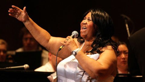Aretha Franklin performs with the Philadelphia Orchestra at The Mann Center July 27, 2010 in Philadelphia, Pennsylvania.