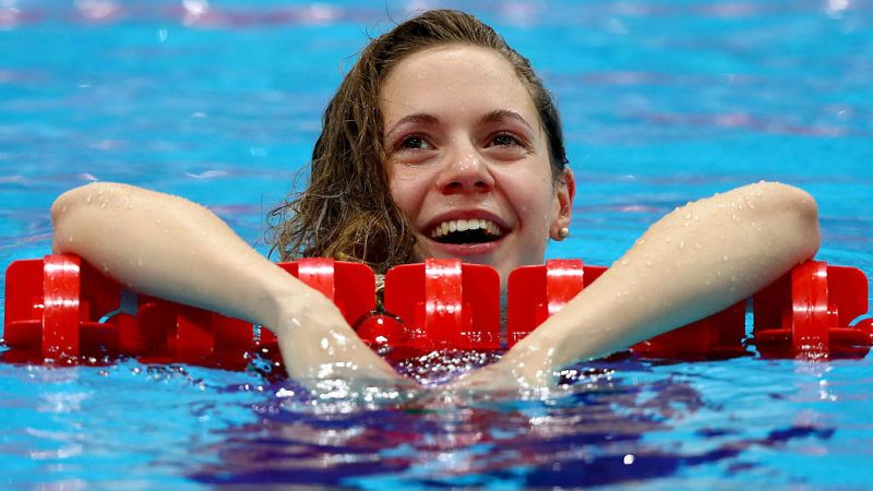 LONDON, ENGLAND - MAY 22:  Boglarka Kapas of Hungary celebrates after winning the Women's 50m Breaststroke Final on day fourteen of the 33rd LEN European Swimming Championships 2016 at Aquatics Centre on May 22, 2016 in London, England.  (Photo by Clive Rose/Getty Images)