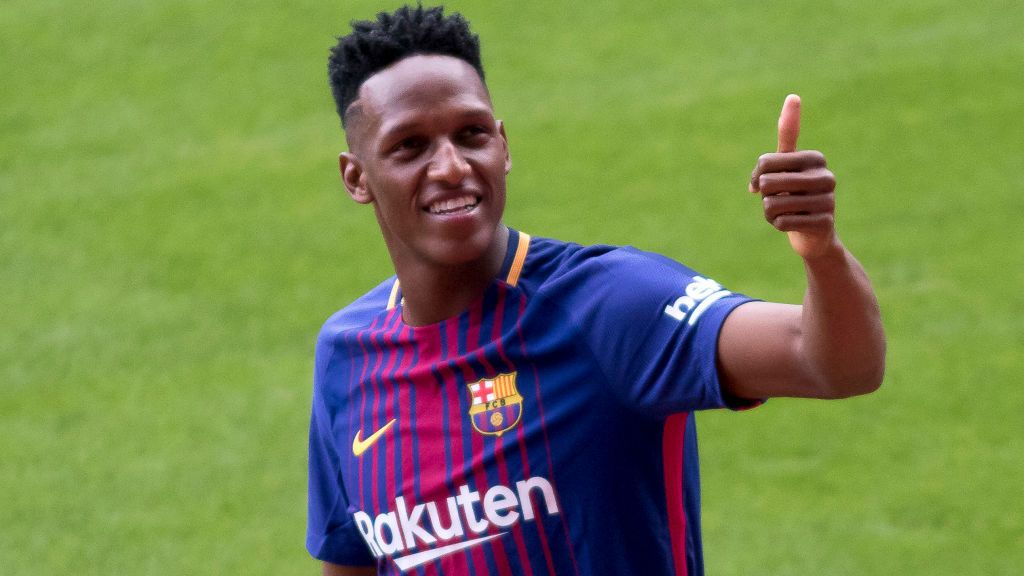 Colombian Yerri Mina presentad as new FC Barcelona player at Camp Nou stadium on Barcelona on January 13, 2018 (Photo by Miquel Llop/NurPhoto via Getty Images)