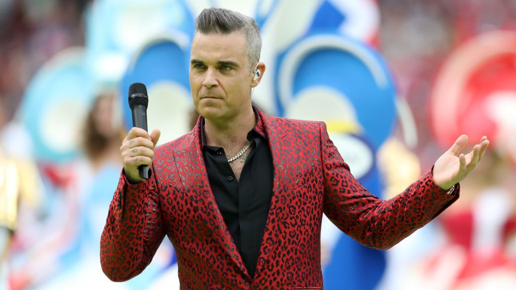 MOSCOW, RUSSIA - JUNE 14:  British popstar Robbie Williams performs during the opening ceremony prior to the 2018 FIFA World Cup Russia Group A match between Russia and Saudi Arabia at Luzhniki Stadium on June 14, 2018 in Moscow, Russia.  (Photo by Catherine Ivill/Getty Images)