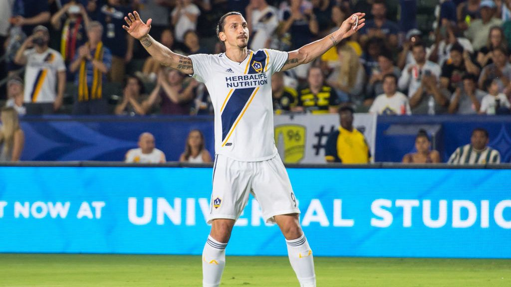 CARSON, CA - JULY 7:   Zlatan Ibrahimovic #9 of Los Angeles Galaxy celebrates his goal during the Los Angeles Galaxy's MLS match against Columbus Crew at the StubHub Center on July 7, 2018 in Carson, California.  Los Angeles Galaxy won the match 4-0 (Photo by Shaun Clark/Getty Images)