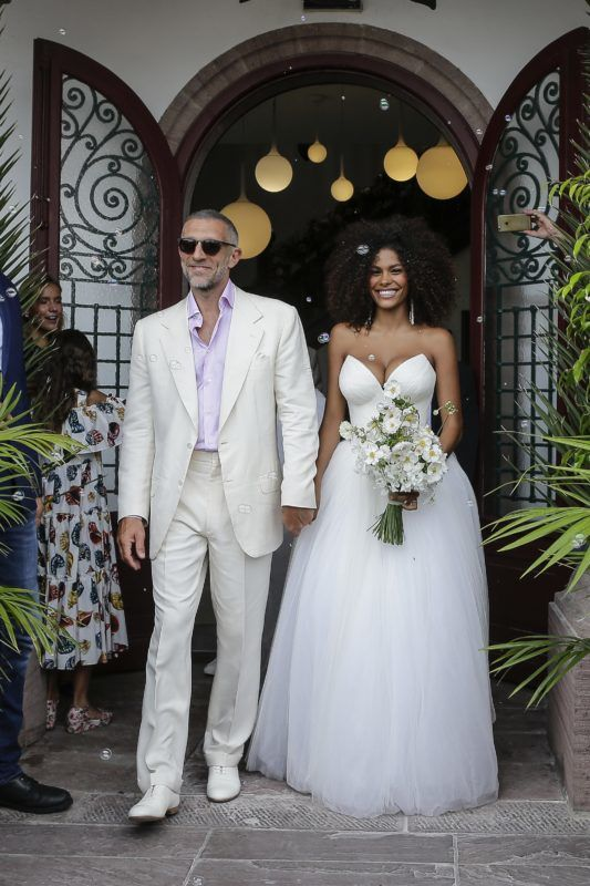 Vincent Cassel and Tina Kunakey leaving the cityhall on their wedding day at the Bidart Town Hall, in the French Basque Country, on August 24, 2018 in Bidart, France. Photo by ABACAPRESS.COM Wedding of Vincent Cassel and Tina Kunakey - August 24, 2018