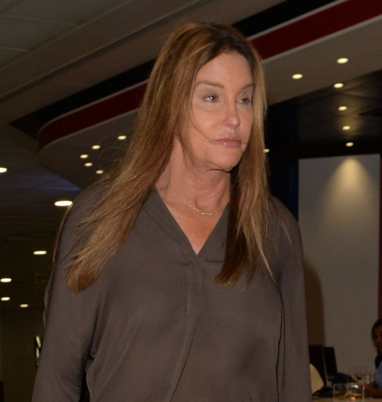 LONDON, UNITED KINGDOM - AUGUST 16: Caitlyn Jenner seen at London Heathrow airport on August 16, 2018 in London, England.  PHOTOGRAPH BY Eagle Lee / Barcroft Images August 16, 2018