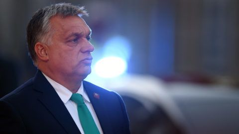 Hungarian Prime Minister Viktor Orban speaks to journalists as he arrives at the Felsenreitschule prior to their informal dinner as part of the EU Informal Summit of Heads of State or Government in Salzburg, Austria on September 19, 2018. / AFP PHOTO / Christof STACHE