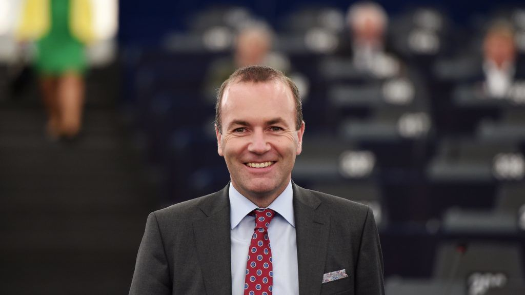 Chairman of the center-right European People Party group (EPP) Manfred Weber arrives to attend a debate concerning Hungary's situation during a plenary session at the European Parliament on September 11, 2018 in Strasbourg, eastern France. / AFP PHOTO / FREDERICK FLORIN