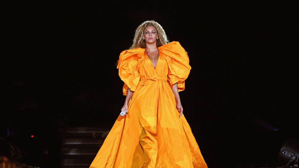 """EAST RUTHERFORD, NJ - AUGUST 02:  Beyonce performs onstage during the """"On The Run II"""" Tour - New Jersey at MetLife Stadium on August 2, 2018 in East Rutherford, New Jersey.  (Photo by Larry Busacca/PW18/Getty Images for Parkwood Entertainment)"""