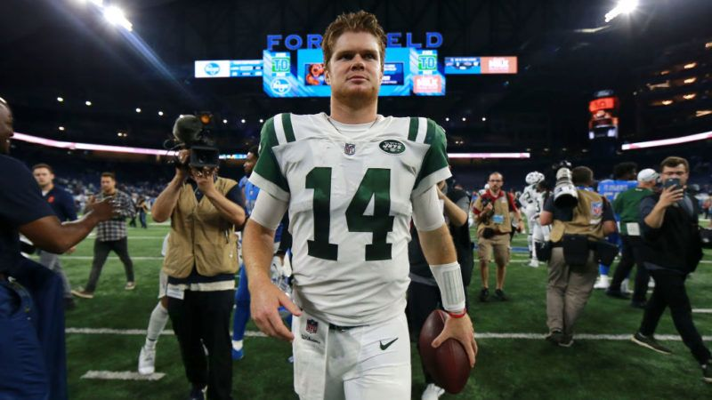 DETROIT, MI - SEPTEMBER 10: Sam Darnold #14 of the New York Jets exits the field after the game against the Detroit Lions at Ford Field. The Jets won 48 to 17 on September 10, 2018 in Detroit, Michigan. (Photo by Rey Del Rio/Getty Images)