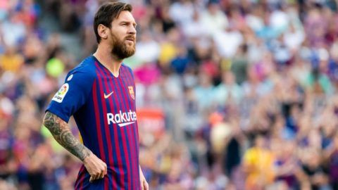 BARCELONA, SPAIN - SEPTEMBER 02: Lionel Andres Messi of FC Barcelona reacts during the La Liga 2018-19 match between FC Barcelona and SD Huesca at Camp Nou on 02 September 2018 in Barcelona, Spain. (Photo by Power Sport Images/Getty Images)