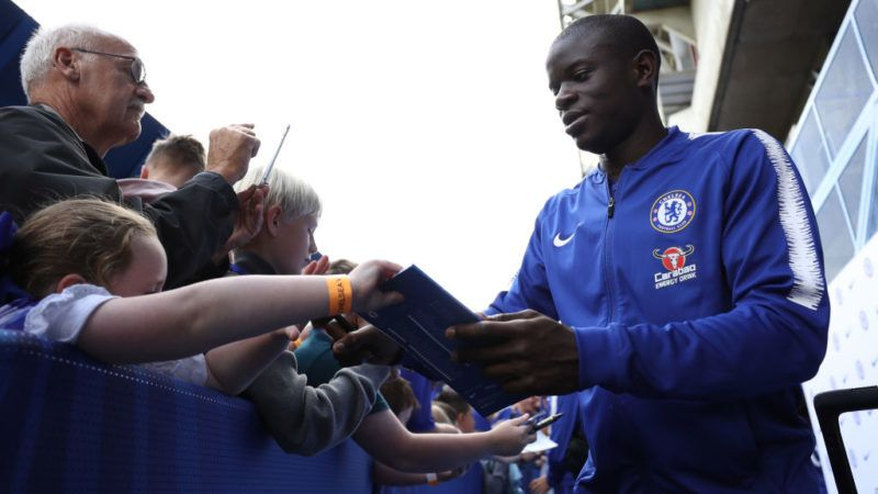 LONDON, ENGLAND - SEPTEMBER 15:  N'golo Kante of Chelsea arrives ahead of the Premier League match between Chelsea FC and Cardiff City at Stamford Bridge on September 15, 2018 in London, United Kingdom.  (Photo by Dan Istitene/Getty Images)