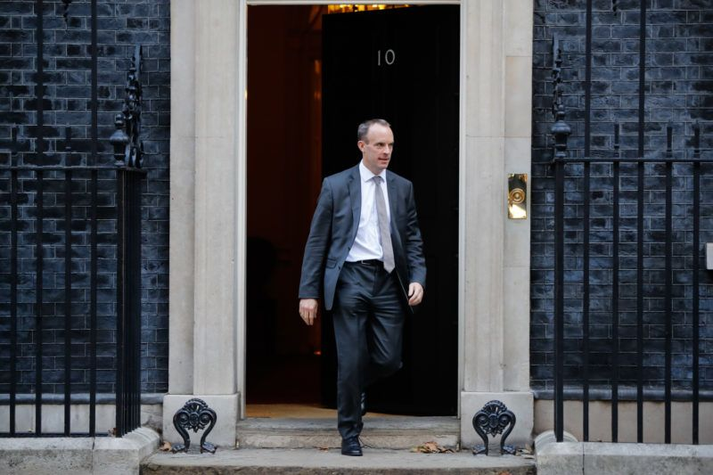 Britain's Secretary of State for Exiting the European Union (Brexit Minister) Dominic Raab leaves 10 Downing Street in London on October 9, 2018 after attending the weekly meeting of the cabinet. (Photo by Tolga AKMEN / AFP)