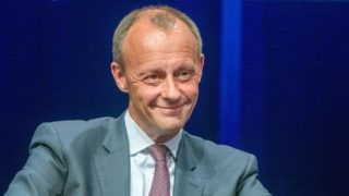 A picture taken on June 12, 2018 in Berlin shows Christian Democratic Union (CDU) politician Friedrich Merz attending a meeting of the CDU Economic Council. - German Chancellor Angela Merkel said on October 29, 2018 she would not stand for reelection as head of her conservative CDU party after its latest regional election defeat in Hesse state. Ranging from loyal allies to fierce critics, there's no shortage of possible contenders to succeed Germany's Angela Merkel as head of the centre-right CDU party in December and secure a shot at succeeding her as chancellor. Friedrich Merz, 62, is among the the expected candidates. (Photo by Jens Büttner / dpa / AFP) / Germany OUT