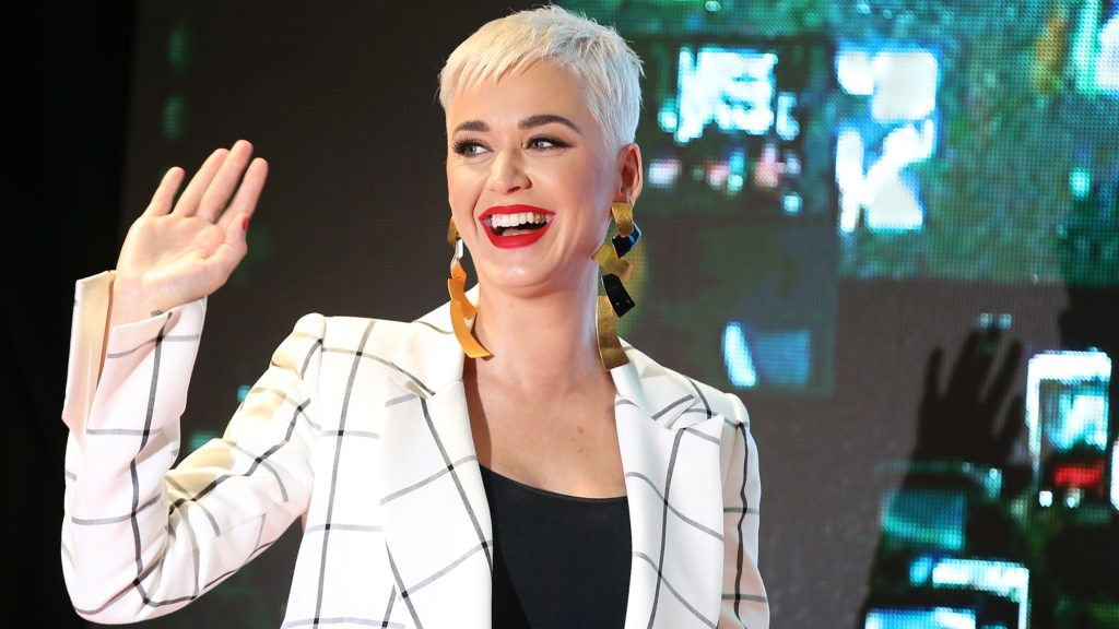 PERTH, AUSTRALIA - JULY 25:  Katy Perry greets fans during an appearance at Westfield Carousel on July 25, 2018 in Perth, Australia.  (Photo by Paul Kane/WireImage)
