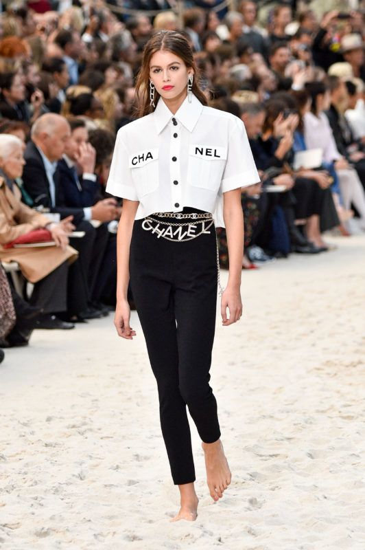 PARIS, FRANCE - OCTOBER 02:  Kaia Gerber walks the runway during the Chanel show as part of the Paris Fashion Week Womenswear Spring/Summer 2019 on October 2, 2018 in Paris, France.  (Photo by Peter White/Getty Images)