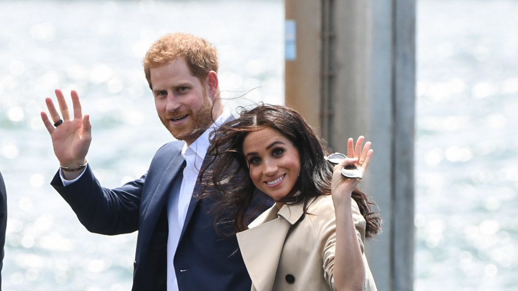 SYDNEY, AUSTRALIA - OCTOBER 16:  Prince Harry, Duke of Sussex and Meghan, Duchess of Sussex arrive at Man o'War Steps, a wharf next to the Opera House on October 16, 2018 in Sydney, Australia. The Duke and Duchess of Sussex are on their official 16-day Autumn tour visiting cities in Australia, Fiji, Tonga and New Zealand.  (Photo by James D. Morgan/Getty Images)