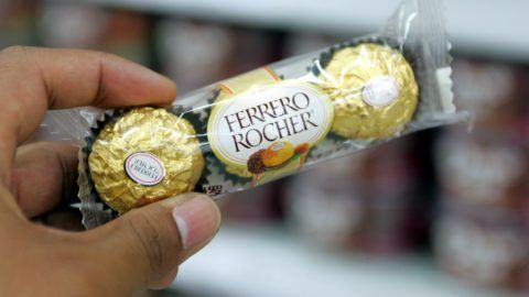 --FILE-- Ferrero Rocher are seen for sale at a supermarket in Shanghai, April 8, 2008.  Italian confectioner Ferrero said it had won a landmark court decision in China against a domestic rival for imitating its signature gold-wrapped Rocher chocolate, April 7, 2008. The Supreme Court in Beijing fined Montresor (Zhangjiagang) Food Rmb500,000 ($71,400) and ordered it to modify its packaging after a four-year legal battle. Since the early 1980s Montresor has been selling cheap imitations identically packaged and often alongside the gold-wrapped original Ferrero Rocher chocolates. Ferrero Rocher began legal action against Montresor three years ago and after 3-year fighting, it finally won the battle.