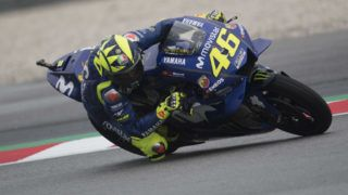 KUALA LUMPUR, MALAYSIA - NOVEMBER 03:  Valentino Rossi of Italy and Movistar Yamaha MotoGP rounds the bend during the qualifying practice during the MotoGP Of Malaysia - Qualifying at Sepang Circuit on November 3, 2018 in Kuala Lumpur, Malaysia.  (Photo by Mirco Lazzari gp/Getty Images)
